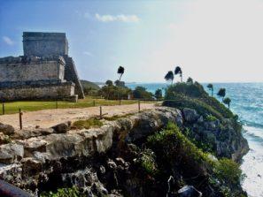 Mayské pyramidy v luxusní lokalitě